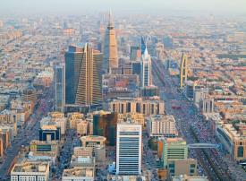 خروج آلاف الأجانب في السعودية من قطاع تجارة الجملة والتجزئة