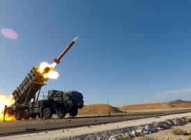 السعودية تتفق مع ريثيون لتوطين صيانة نظام باتريوت المضاد للصواريخ