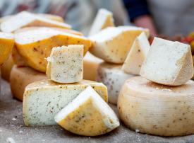 بالصور : فندق الجبن يفتح أبوابه في لندن