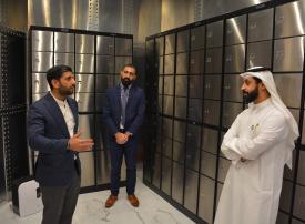 دبي للسلع المتعددة يفتتح منشأة لتخزين وإيداع المجوهرات