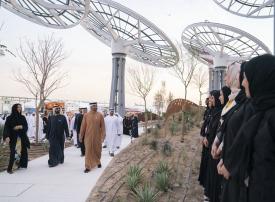فيديو.. محمد بن راشد ومحمد بن زايد يفتتحان ساحة الوصل بموقع  إكسبو 2020 دبي