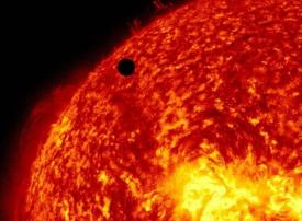 بالصور : تلسكوب يسجل تفاصيل غير مسبوقة لسطح الشمس