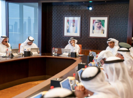 حمدان بن محمد يعتمد قراراً بإلغاء رسوم خدمات حكومية في دبي