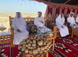 بالصور.. رئيس الإمارات بصحبة محمد بن زايد في جولة لغابة محمية غناظة