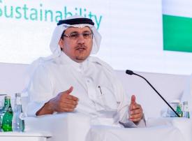 محافظ البنك المركزي السعودي يتوقع زيادة النمو الاقتصادي للمملكة هذا العام