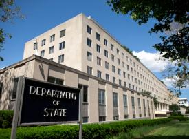 100 سفارة أمريكية تعلق خدمة التأشيرات بسبب فيروس كورونا