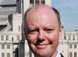 إصابة كريس ويتى، كبير الأطباء فى بريطانيا بفيروس كورونا المستجد
