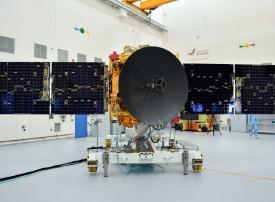 الإمارات تطلق العد التنازلي لتحليق أول مسبار عربي إلى كوكب المريخ