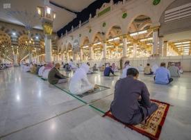 تأمل بالصور فرح المصلين باستقبال مساجد السعودية لصلوات الجماعة