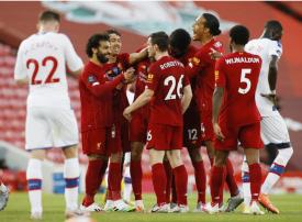 شاهد 4 أهداف ليفربول مع اقترابه من لقب الدوري الإنجليزي في مرمى بالاس