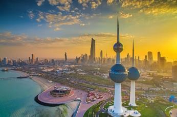 الكويت تدفع 240 مليون دينار دعما إضافيا لمواطنيها في القطاع الخاص لتخطي أزمة كورونا