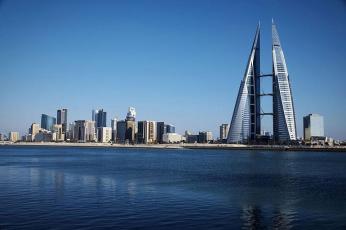 الحكومة في البحرين تسدد 50% من رواتب موظفي الشركات المتضررة من كورونا لـ3 أشهر