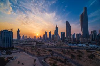 الكويت تدرس الاستعانة بصندوق الأجيال القادمة لتمويل عجز الموازنة