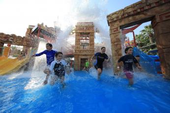 دبي تتطلع إلى استضافة السياح بدءاً من 7 يوليو المقبل