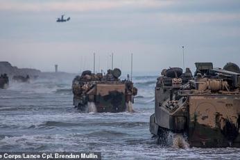 مقتل 8 جنود من البحرية الأمريكية في غرق مركبة برمائية قبالة سواحل كاليفورنيا