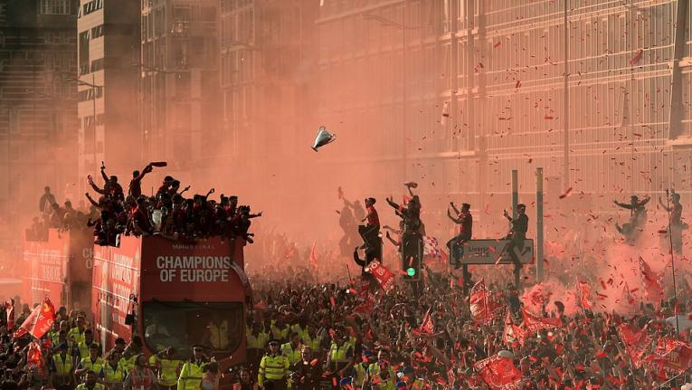 228 مليون دولار  مكافأة ليفربول على فوزه بلقب بالدوري الانجليزي