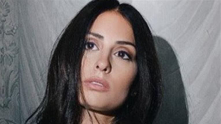 أصغ إلى طلعت يا محلا نورها ، رسالة من هبة إلى جمهورها المصري