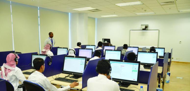 الأجانب يشكلون حوالي نصف موظفي التعليم الخاص بالسعودية