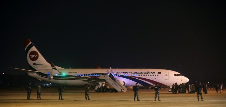 طلب لقاء الشيخة حسينة.. مقتل البنجلادشي الذي حاول خطف الطائرة المتجهة لدبي