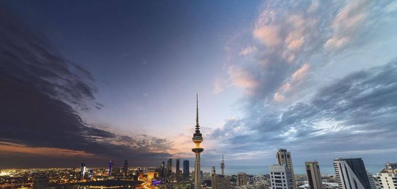 الكويت تحظر على المؤذنين والممرضين الحصول على رخصة  قيادة