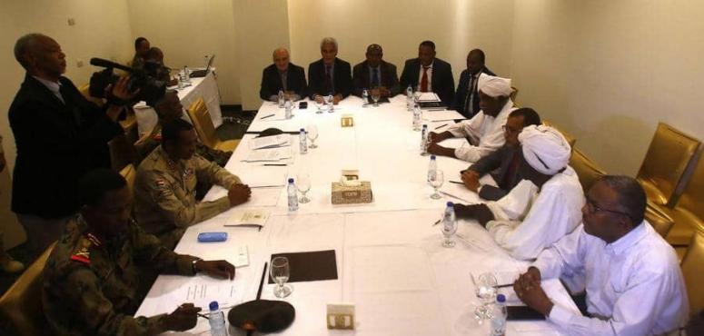 اتفاق في السودان بين المجلس العسكري والمعارضة بشأن اقتسام السلطة
