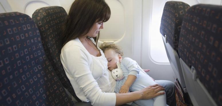 شركة طيران تبتكر أيقونة لمعرفة أماكن جلوس الأطفال عند السفر