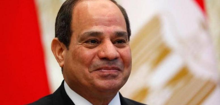 الرئيس السيسي: ينبغي طرح الشركات التابعة للجيش المصري في البورصة