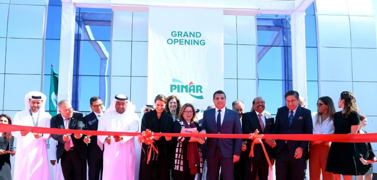 تدشين أول مصنع جبن يحمل علامة «صنع في الامارات» بـ100 مليون درهم