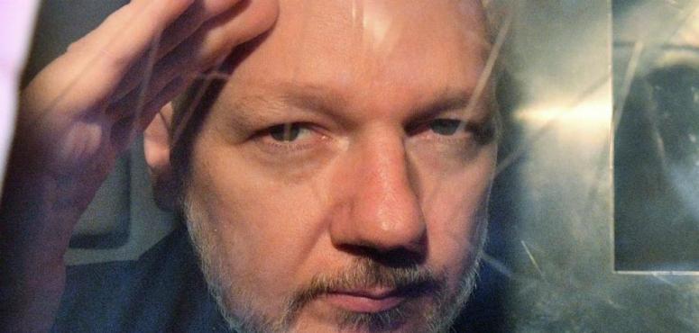 السويد تسقط تهمة الاغتصاب عن جوليان أسانج مؤسس موقع ويكيليكس