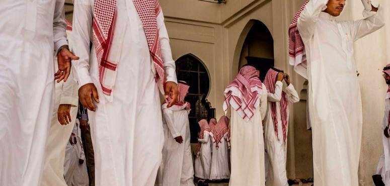 وزارة العمل السعودية تلغي النطاق الأصفر في برنامج نطاقات