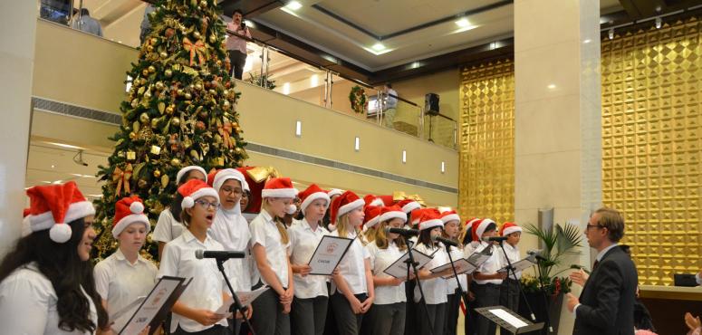 مبادرة «فخر الأعياد» تبرعات تُدخل السعادة على قلوب الأطفال في دبي