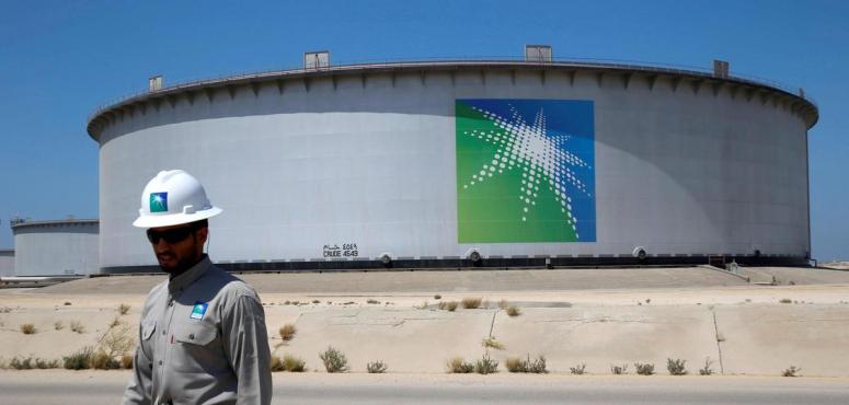 """""""الطاقة"""" توجه أرامكو بالاستمرار في إمداد النفط عند مستوى 12.3 مليون برميل"""