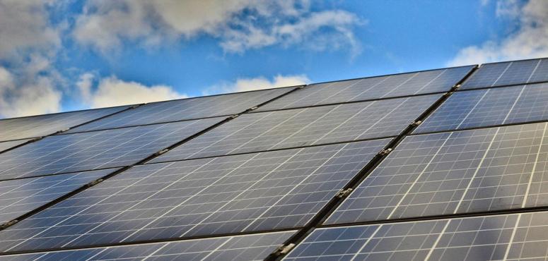 إطلاق نظام إماراتي للرقابة على منتجات الطاقة الشمسية منتصف 2020