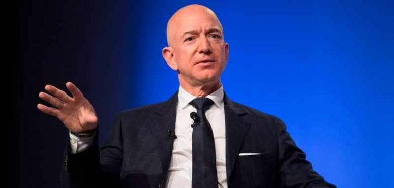 أغنى رجل بالعالم يخصص عشرة مليارات دولار لمكافحة تغير المناخ