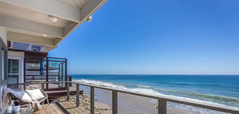 بالصور : أفضل 7 إقامات مع شواطئ خاصة على إير بي إن بي