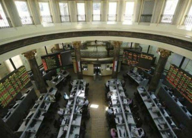 مصر تسعى لإعادة هيكلة شركات القطاع العام بطرح حصص في البورصة
