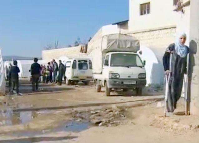 بالصور:اللاجئين السوريين، أزمة إنسانية مروعة ونقص تمويل مفوضية اللاجئين يصعب جهود الإغاثة