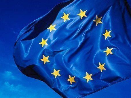 الاتحاد الأوروبي يفشل بالاتفاق حول حظر السلاح بسوريا