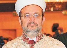 مفتي تركيا يعارض فتوى السعودية حول الكنائس ويطالب باستدراكها بأسرع وقت