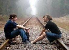دراسة: النساء يتحكمن بمسار الحوار مع الرجال