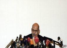 البرادعي: أثق في وطنية مرسي وأنه سيستجيب للشعب