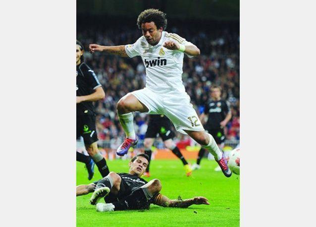 الريال يواصل نزيف النقاط وبرشلونة يقترب.. ريال مدريد في فخ التعادل أمام فالنسيا