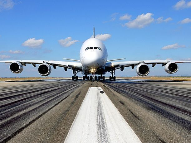 فلاي دبي تبرم عقداً لتمويل طائرتين بـ 172 مليون دولار