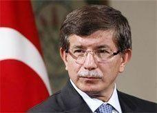 أوغلو: مرسي هو الرئيس الشرعي لمصر بالنسبة لتركيا