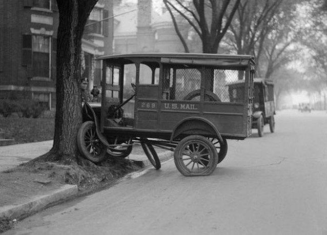 بالصور: حوادث السيارات في ثلاثينات القرن الماضي