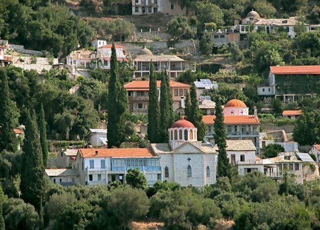 صور جبل آثوس.. أرض يحرم على النساء دخولها