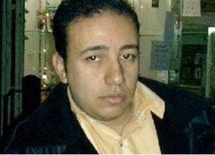 السجن خمس سنوات و300 جلدة للمحامي المصري أحمد الجيزاوي بعد إدانته بتهريب محظورات إلى السعودية