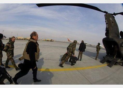 خلافات بين الحكومة و قادة الجيش البريطاني حول الانسحاب من افغانستان
