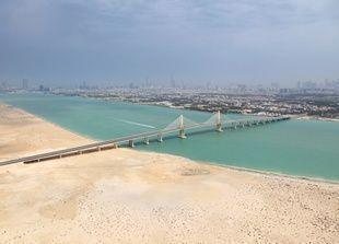 أبوظبي تنجز مشاريع استراتيجية بـ 17 مليار درهم قبل نهاية 2012