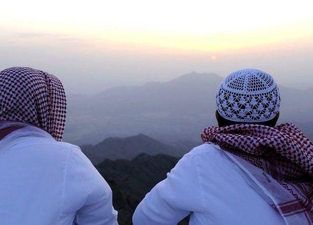 السعودية: اكتمال عدة شهر رمضان 30 يوماً والأحد أول أيام العيد
